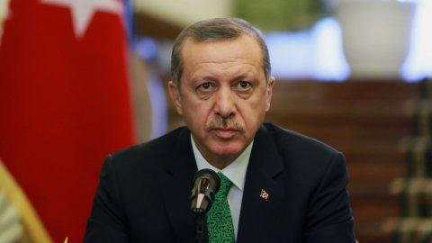 'AKP'yi yıkmaya çalışıyorlar' dedi; isim verdi