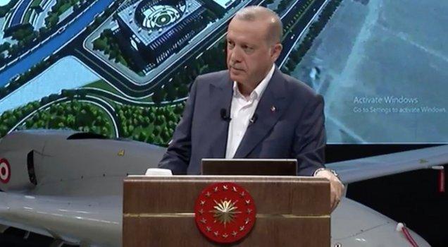 Erdoğan'ın teknoloji programında komik görüntü