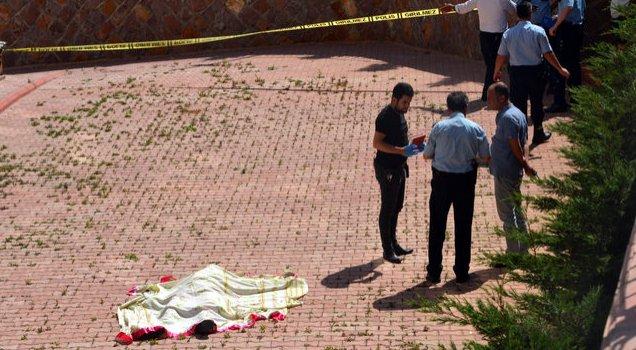 O ilde 1'i polis, 2 kiÅŸi intihar etti