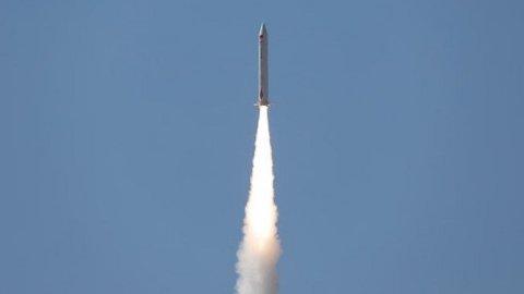 Çinli özel şirket, uzaya uydu gönderdi