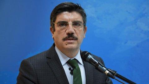 AKP'li Aktay'dan partisine büyük eleştiri