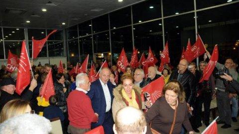 Muharrem İnce CHP Çiftlikköy aday tanıtım toplantısa katıldı