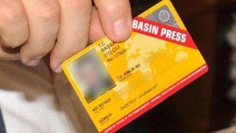 Fuat Oktay: Bin 954 gazetecinin basın kartı iptal edildi