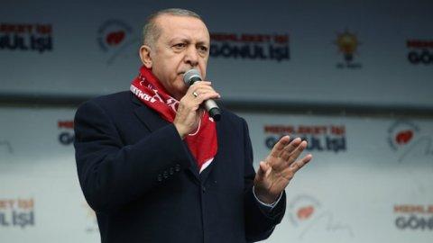 Erdoğan: '31 Mart seçimleri belediye seçimi değildir'