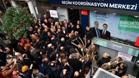 Ekrem İmamoğlu, Fatih'te vatandaşla buluştu