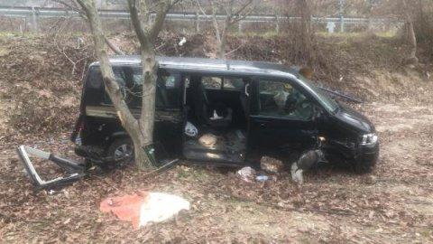 Cenaze dönüşü kaza! 6 yaralı