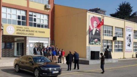 AKP, okulda seçim çalışması yaptı