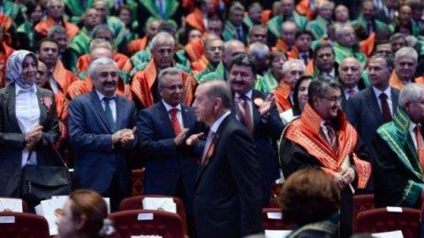 İşte AKP yöneticisiyken hakim ve savcı olan 90 kişi!