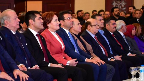 Meral Akşener, İYİ Parti'nin İstanbul adaylarını Ekrem İmamoğlu ile tanıttı