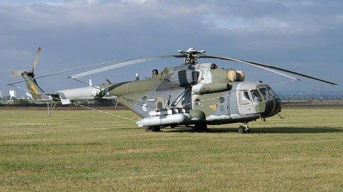 Hindistan'a ait helikopter düştü: Çok sayıda ölü var