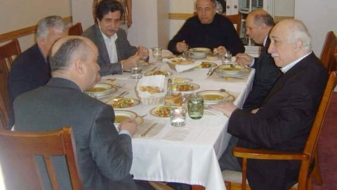 Fatih Altaylı'dan Fehmi Koru'ya zor soru