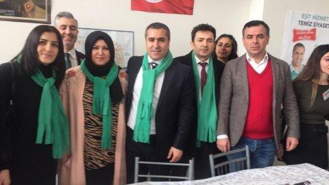 Barış Yarkadaş'tan Özgen Nama'ya destek ziyareti