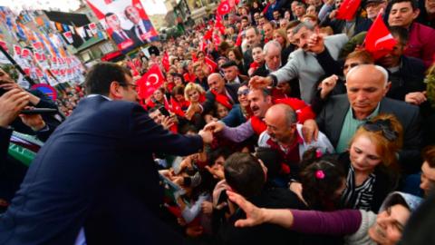 Ekrem İmamoğlu seçim çalışmalarına Büyükçekmece'de devam etti