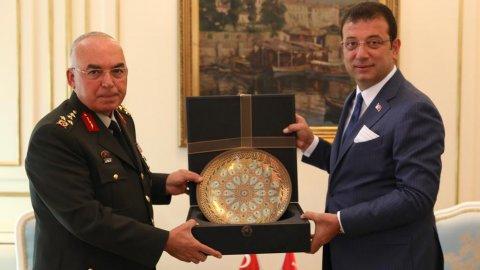 1'nci Ordu Komutanı'ndan  İBB Başkanı Ekrem İmamoğlu'na tebrik ziyareti