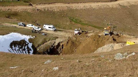 Dipsiz Göl'ü define için yok eden iki kişiden biri AKP'li çıktı