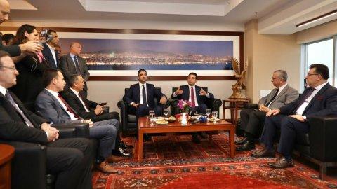 İmamoğlu, 12'nci ziyaretini Kartal Belediyesi'ne yaptı
