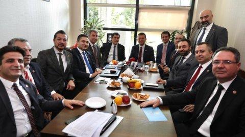 İmamoğlu'ndan Meclis'te CHP, İYİ Parti ve MHP gruplarına ziyaret