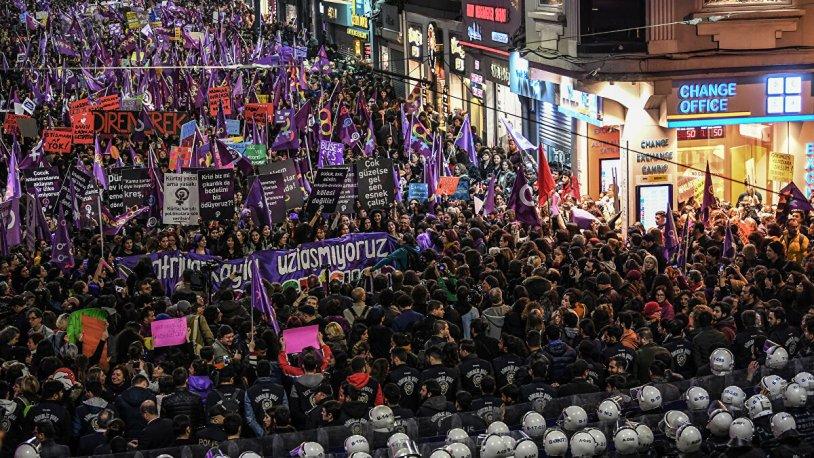 Uluslararası Af Örgütü'nden İstanbul Valiliği'ne: 8 Mart Feminist Gece Yürüyüşü yasağı derhal kaldırılmalı