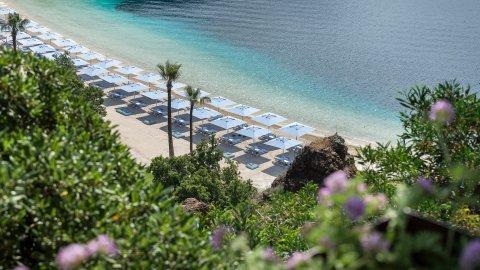 Plajlarda yeni dönem: Sağlık Bakanlığı uygulanacak kuralları açıkladı