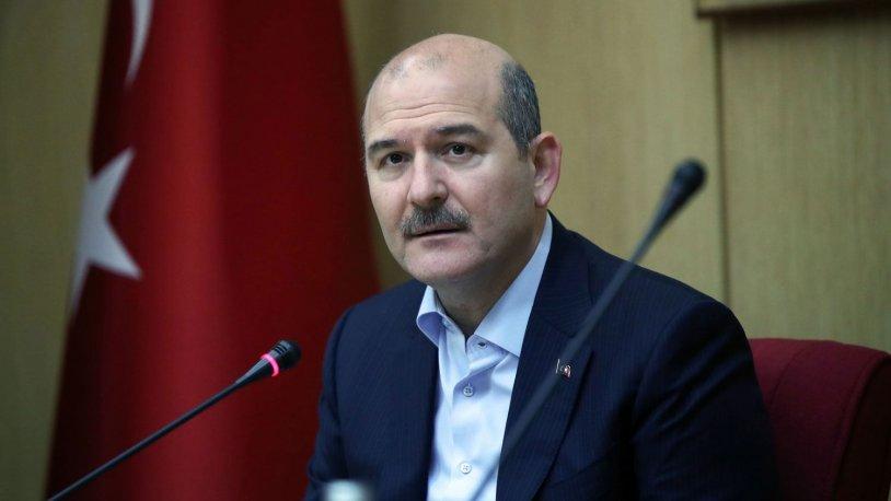 """Ο Αχμέτ Τακάν, ακολουθώντας τα λόγια του Süleyman Soylu, """"ένας πολιτικός που πιάνει τον κόσμο!""""  μέτρητος"""