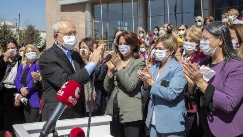 Kılıçdaroğlu, CHP Kadın Kolları'nın düzenlediği İstanbul Sözleşmesi toplantısına katıldı