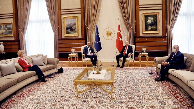 Von der Leyen'in Erdoğan ile görüşmede farklı muamele görmesine Avrupa'da  tepki yağdı! - Gerçek Gündem
