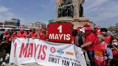 DİSK, KESK, TMMOB ve TTB 1 Mayıs'ta Taksim'de buluştu: Umut yan yana