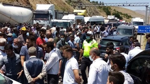 AKP encümeni üretici isyan etti! 'Açlıktan ölüyoruz'