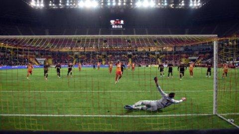 Yukatel Kayserispor - Galatasaray karşılaşmasından kareler